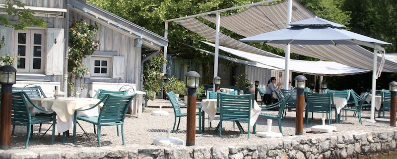petit paradis annecy restaurant pieds dans leau lac 12