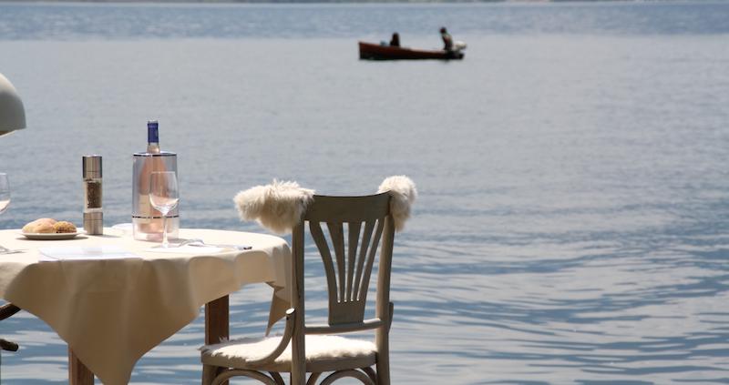 petit paradis annecy restaurant pieds dans leau lac 27